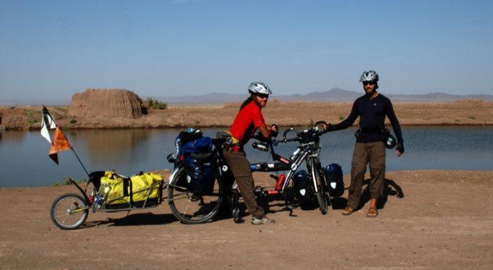 Dall'Italia all' Uzbekistan - Deserto turkmeno